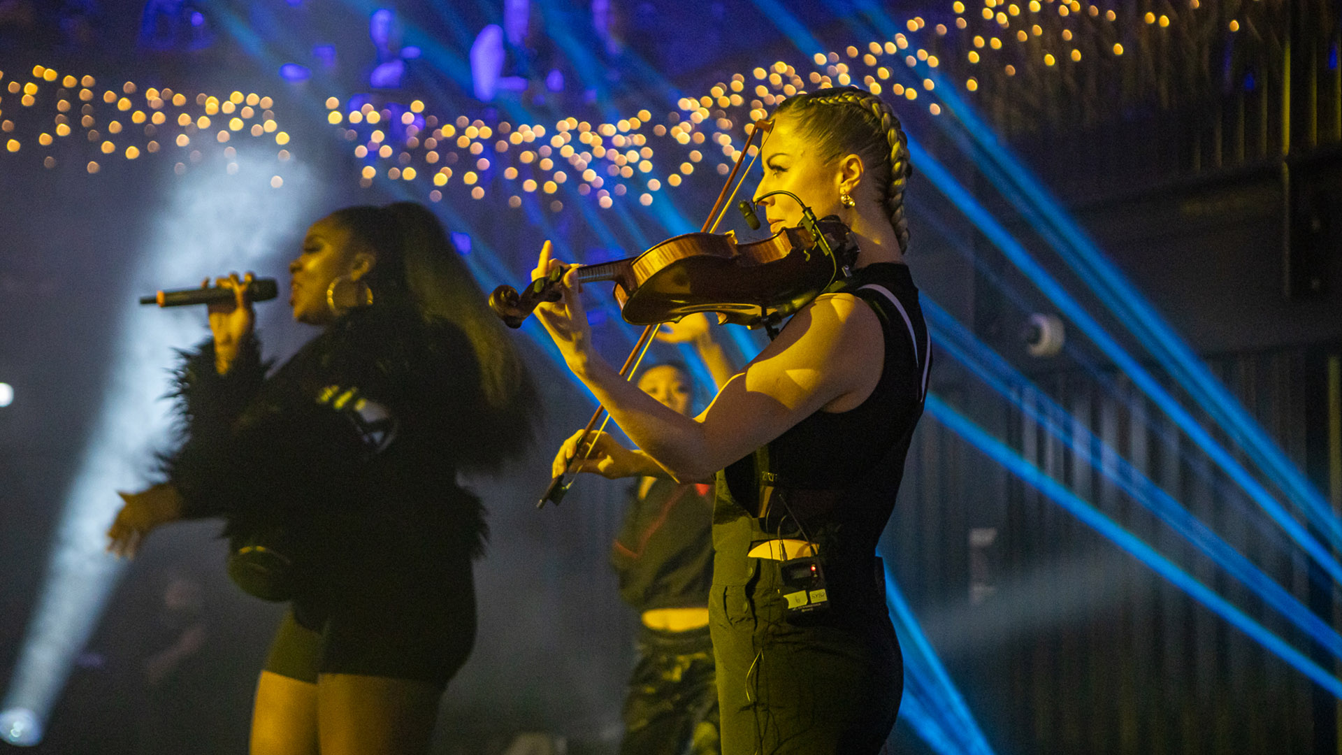 grime-violinist-london